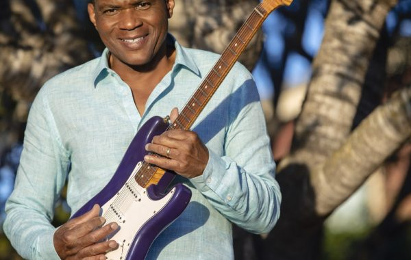 Robert Cray Album Package In Front Tree 2019