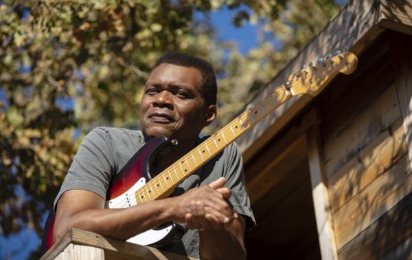 Robert Cray Album Package Horizontal Tree House 2019