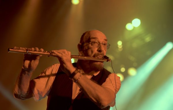 Foto JT Ian Anderson 2018 IAN 2 High Res Credits By Travis Latam (1) Klein